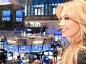 Thalía abre jornada Bolsa Nueva York