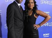 policía investiga hija Whitney Houston agredida pareja