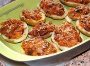 Patatas rellenas frijoles salsa tomate