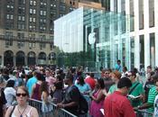 Valor Apple dispara deja pequeñas demás