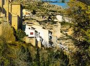 Alcalá Júcar, pueblo colgado montaña