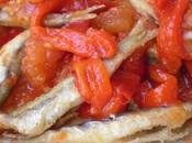 Ensaladilla malagueña tomates pimientos asados pescado frito