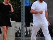 Pamela Anderson pide orden alejamiento contra esposo