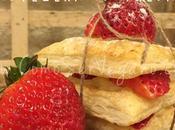 Milhojas rellenas crema pastelera fresas frescas