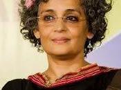 """Caminando camaradas"" Arundhati"