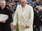 Iglesia Bergoglio: mismo oscurantismo, pero cara renovada