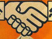 UCRANIA EQUIPARA PROHIBE MARTILLO ESVÁSTICA parlamento ucraniano único exsoviético hace cosa) equipara martillo esvástica, sea, comunismo nazismo, crímenes unos otros. So...