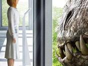"""jurassic world"": bryce dallas cara indominus primero tres nuevos carteles (trailer lunes)"