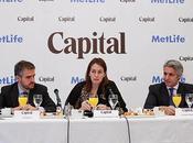 sector seguros crecerá próximos cinco años mano economía española