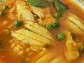 Cazuela arroz caldoso boquerones chicharos
