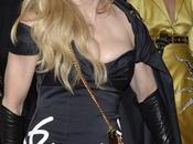 "Madonna sobre beso Drake: ""Besé chica gustó"""