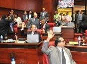 Mayor cantidad senadores votaría favor reelección.