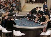 Kristen Stewart, Rita Ora, Julianne Moore abren desfile Paris