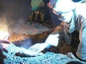 Tagoula, bereber cocido bajo arena (Marruecos)