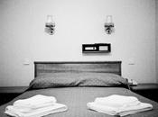 ¿Habitación hotel cama hospital?