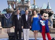Disneyland está fiesta, cumple años hoy!!!