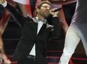 "David Bisbal canta ""Diez Maneras"" Premios Platino"