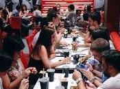 Steak Shake aterrizan Madrid burgers saborosas alcance mano