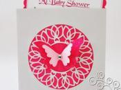 Invitaciones Baby Shower Entre flores mariposas.