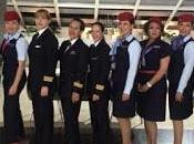 Realizan primer vuelo tripulado solo mujeres