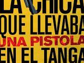 chica llevaba pistola tanga (Nacho Cabana)