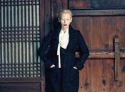 Tilda Swinton luce todo Chanel para Vogue Korea