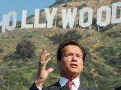 Arnold Schwarzenegger está considerando regresar cine