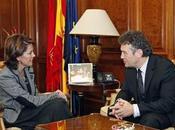 alcaldesa Pamplona recibe embajador Polonia España