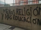 Menos religión educación