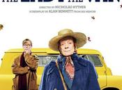 "Nuevo cartel para ""the lady van"" maggie smith"