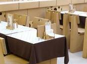 Restaurantes cartón. negocio alza