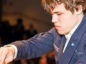 Derrota Carlsen Clásico Ajedrez Londres 2010