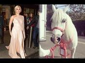Lady Gaga perpleja regalo Navidad
