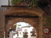 Imagen mes: Puerta Arco Sevilla, Guadalupe