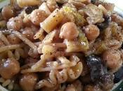 Pasta garbanzos ceci, olive provola