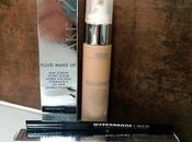 Stage Line: base maquillaje liner