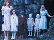 Primeras imagenes oficiales hogar miss peregrine para niños peculiares, nuevo burton
