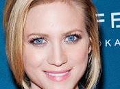 chica dorada, Brittany Snow cumple años