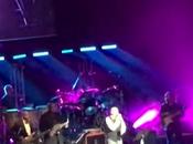 Phil collins vuelto actuar escenario