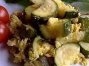 Revuelto espárragos calabacín Zucchine asparagi uova