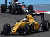 Magnussen será penalizado empezará carrera desde lane