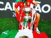 Raúl Jiménez primer futbolista mexicano coronarse Portugal
