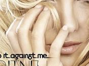 Escucha 'Hold Against nuevo Britney Spears