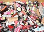 Cosmetic makeup disorderly
