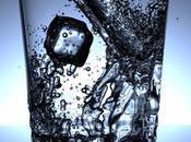 beneficios beber agua natural cada