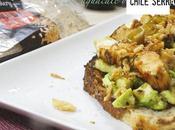 Tosta rustik pavo picante aguacate chile serrano
