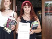 chicas Martín Valdeiglesias llevan premio Microrrelatos Survival Zona