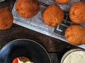Bombas patata picantes {Spicy fried mashed potatoes balls}