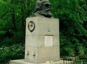 "Karl Marx sólo publicó primer volumen capital""."