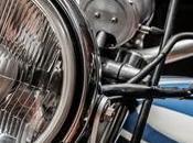¿Puede viajar niño moto?